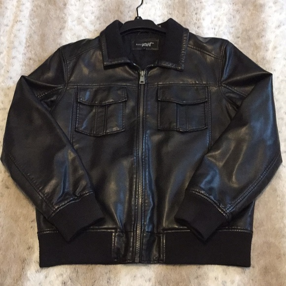 c9d3a6578 Men Black Rivet Leather jacket Size L.